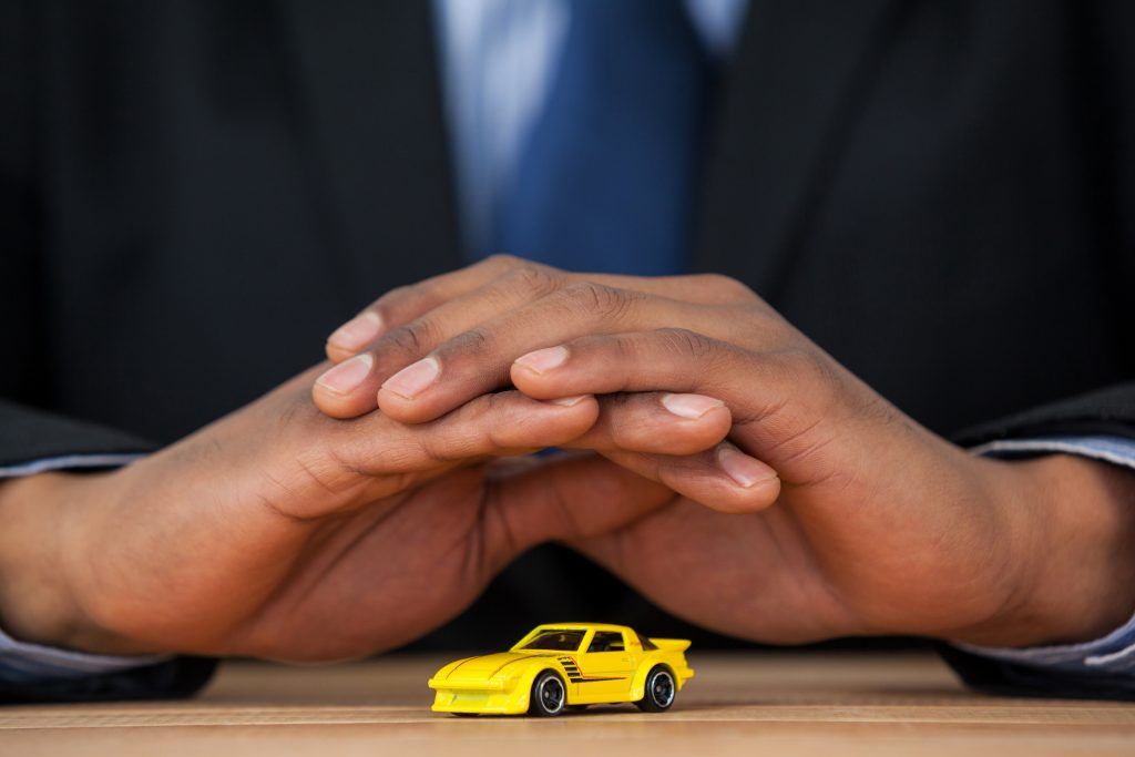 Siete Maneras de Ahorrar Dinero Asegurando tu Auto